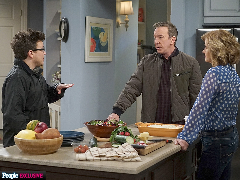 Jonathan Taylor Thomas directing on the set Last Man Standing