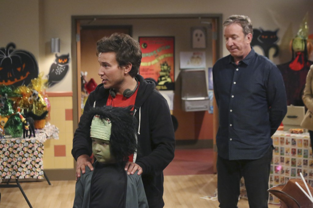Flynn Morrison, Jonathan Taylor Thomas, Tim Allen on the set of Last Man Standing